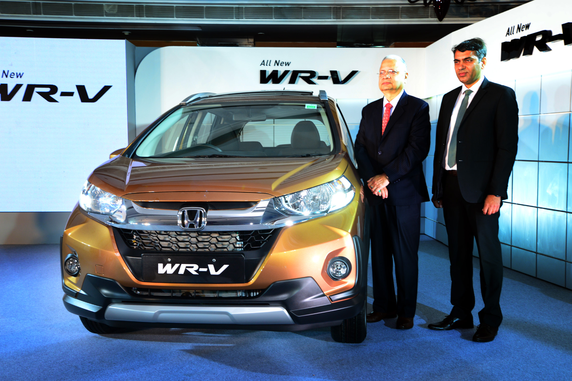 Raman Sharma Sr VP And Rohit KumarZonal Head North Launching The New Honda WR V Today In Chandigarh 1