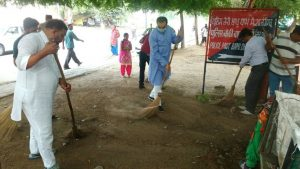 BJP conducts cleanliness drive to mark PM's birthday