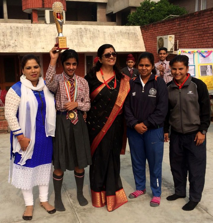 Ankur School's Naina secures two medals in badminton