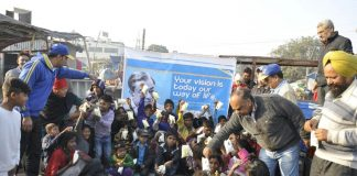 http://www.chandigarhcitynews.com/verka-celebrates-indian-milk-day-by-distributing-milk-pouches-in-slums/