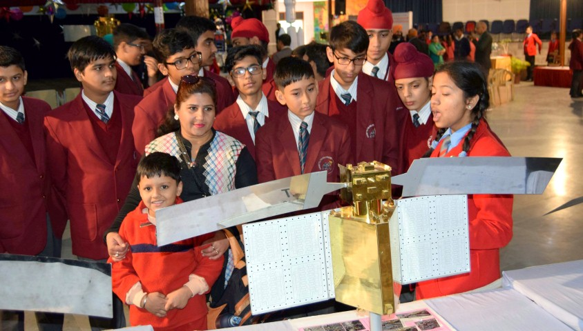 ISRO Scientists gave information about satellite systems to Mohali children