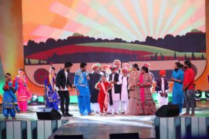 ~Kullfi Kumarr Bajewala visited Chandigarh to share stage with Gurdas Maan, Langa Kids and Nooran Sisters~