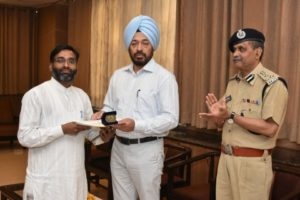 An award function was held at GO's Mess, Police Lines	An award function was held at GO's Mess, Police Lines