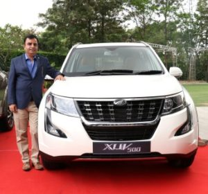Mahindra launches Plush New XUV500