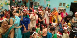 Bachpan School holds Mother's Day celebration