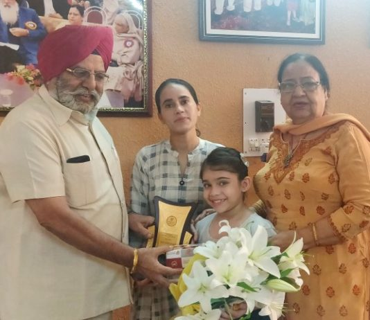 Gain Jyoti School's 4th class student Gurjot Kaur played the lead role of Nankana