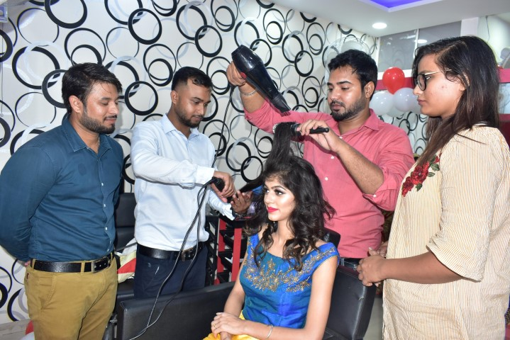The Grand Opening Ceremony Of a Unique Start-Up Creative Zone Salon
