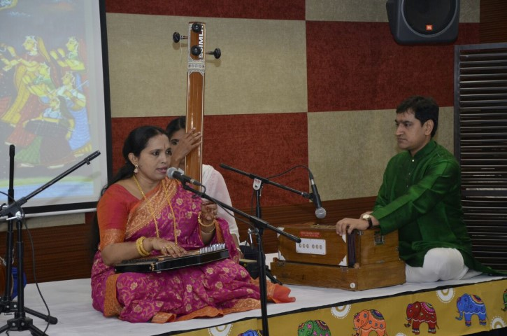 Music presented in 'Varsha Ritu Sangeet Sandhya' delighted the audience