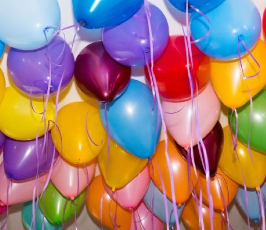 10 SIMPLE WAYS TO MAKE BIRTHDAYS EXTRA SPECIAL