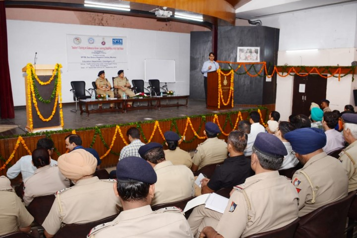 Chandigarh Police organizing training for teachers of selected schools