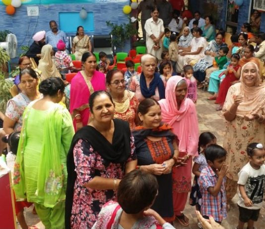 Grandparents day celebrated at Bachpan Play School