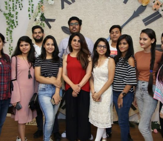 Interior Designer Monica Khanna holds Design Workshop at INIFD