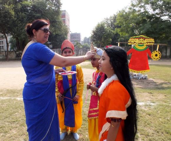 Ankur school celebrates the victory of good over evil
