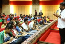 Notable experts from film industry steer students to become filmmakers