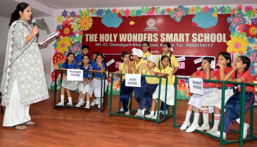 The Holy Wonders Smart School organized an Inter-House Spell Bee Competition