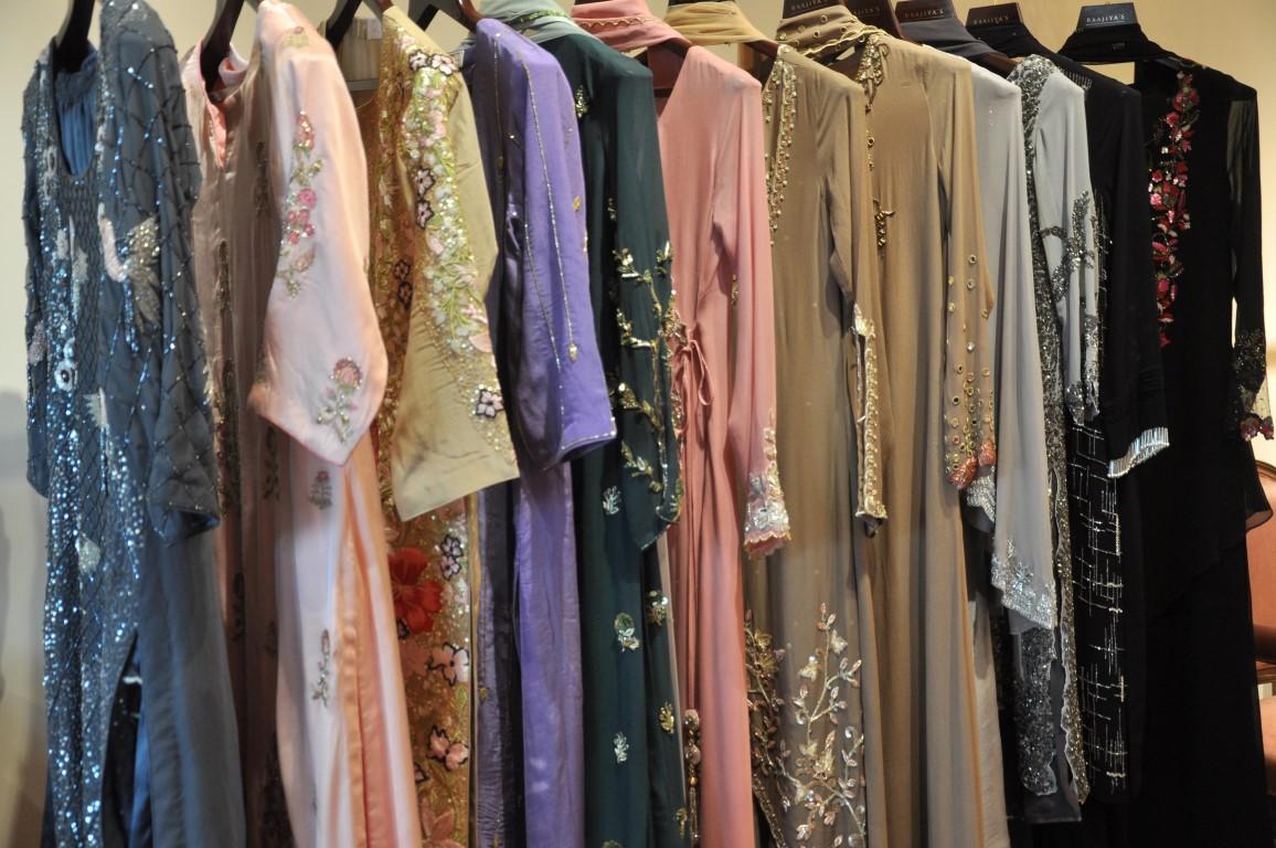NRI -MBBS student realises her fashion designing dream, sets up 'Raajiya's'