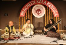 Pracheen Kala kendra organized its 254th monthly baithak titled as saazrang