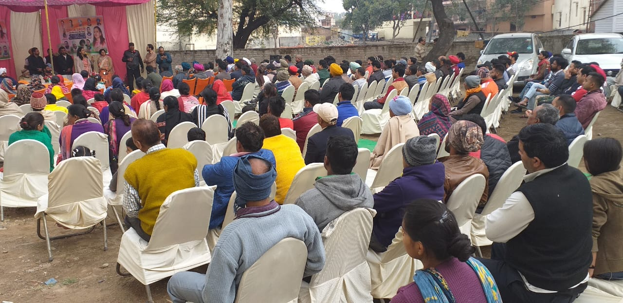 Dr Navjot Kaur Sidhu addressed a public meeting at Raipur Khurd
