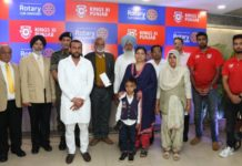 Kings XI Punjab and Rotary Club Chandigarh give Rs.25 lakh to 5 families of martyrs