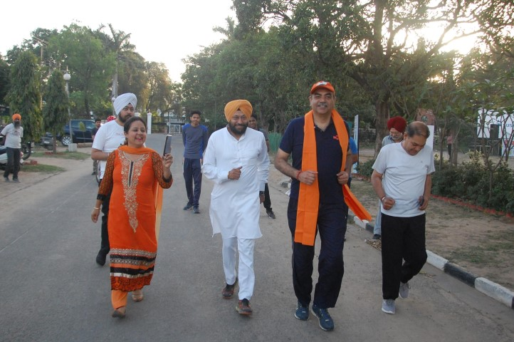 'Run for Kesari' held to commemorate Jallianwala Bagh massacre