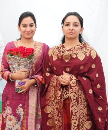 Gurleen Kaur: Biotech girl who performed in 100 Gurbani Kirtans, eyes MBAbv