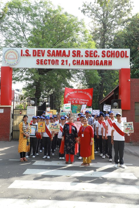 Students of I S Dev Samaj School take out rally on 'Right to Vote'