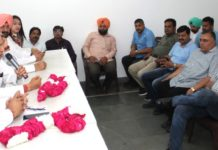 Chandigarh Taxi Operators Association extends unconditional support to Bansal