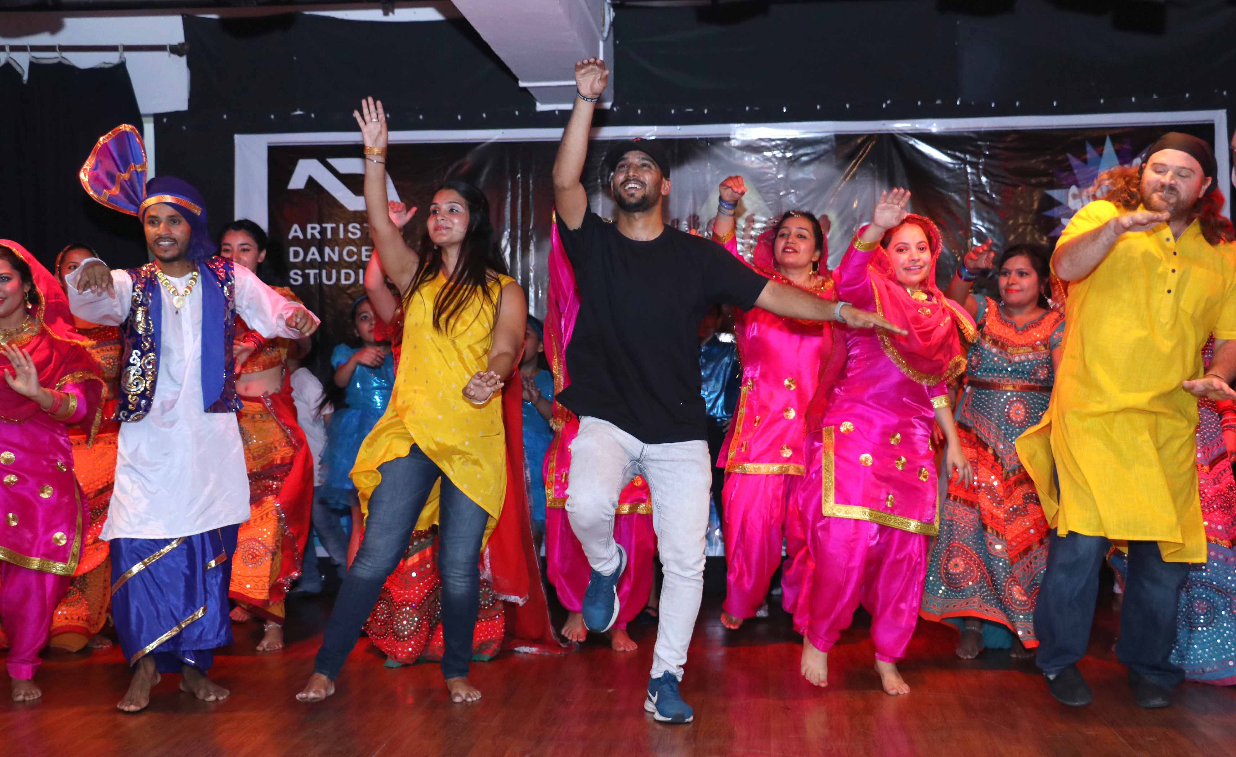 Fusion Naach witnesses enthralling performances by all age groups