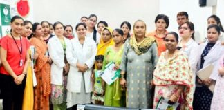 20 couples attend talk on breast feeding