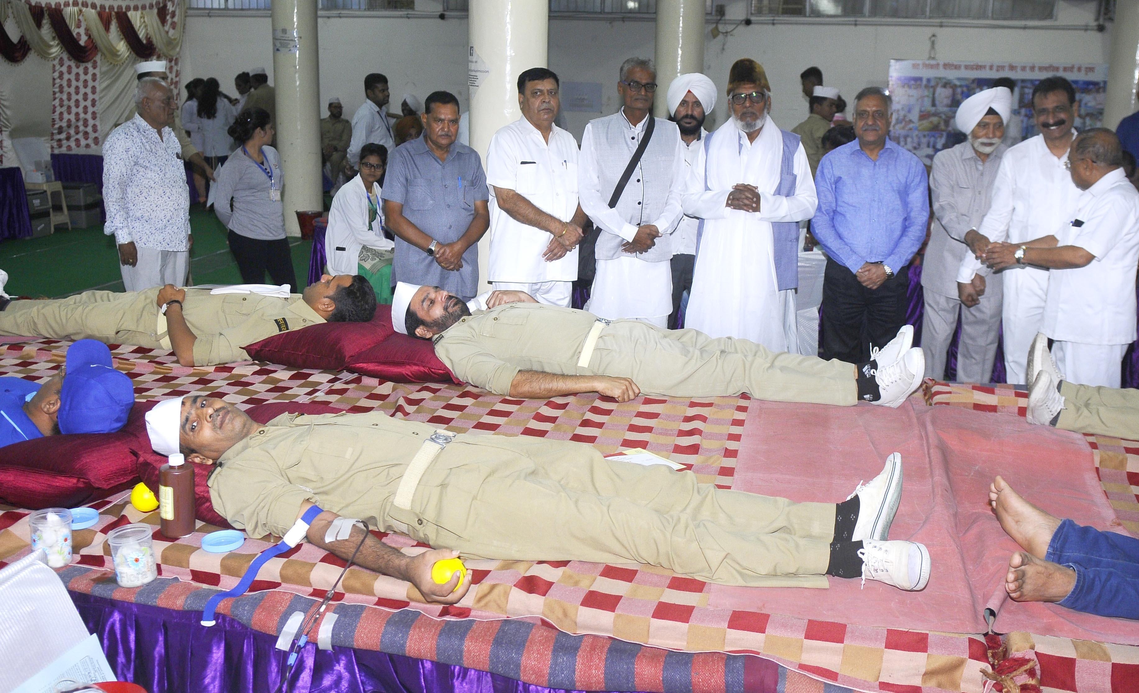 216 Nirankari devotees