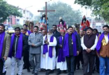 Christian Community takes out Shobha Yatra to mark Christmas