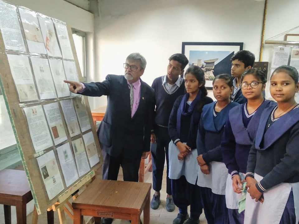 A stamp exhibition  of Martyrs a Salutation was held