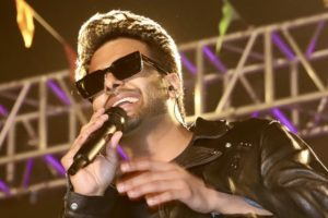 Ayushmann Khurrana mesmerizes the tri-city with his band Ayushmann Bhava at Elante's 'The Happyness Concert'
