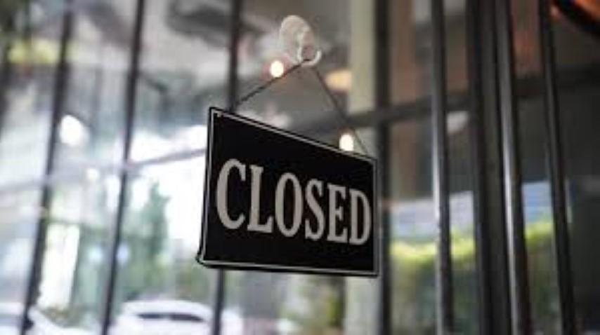 Restaurants take on Social responsibility, Shut down Stores