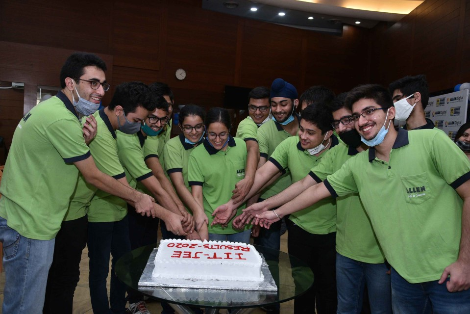 The JEE Advanced examination was held on27th Sept, 2020at222 onlinetest centers