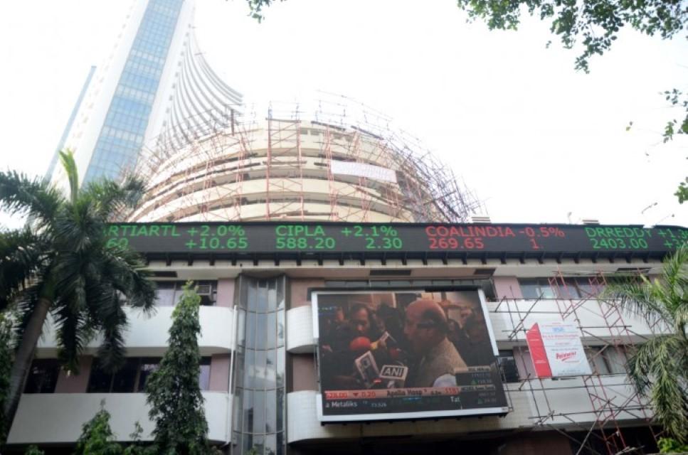 Banking, finance stocks lift Sensex 600 points