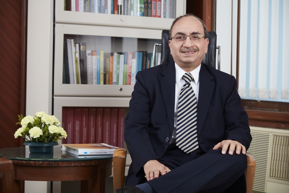 Dinesh Kumar Khara takes charge as Chairman of SBI