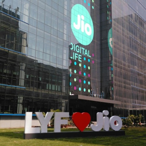 Jio revamps its made-in-India browser as JioPages