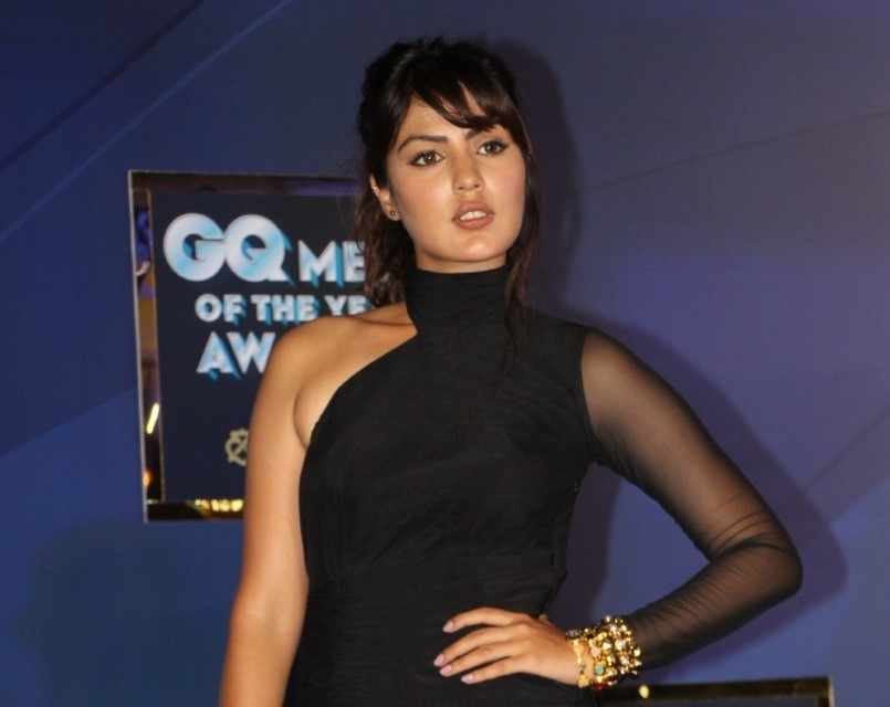 Rhea Chakraborty walks out of jail after 28 days