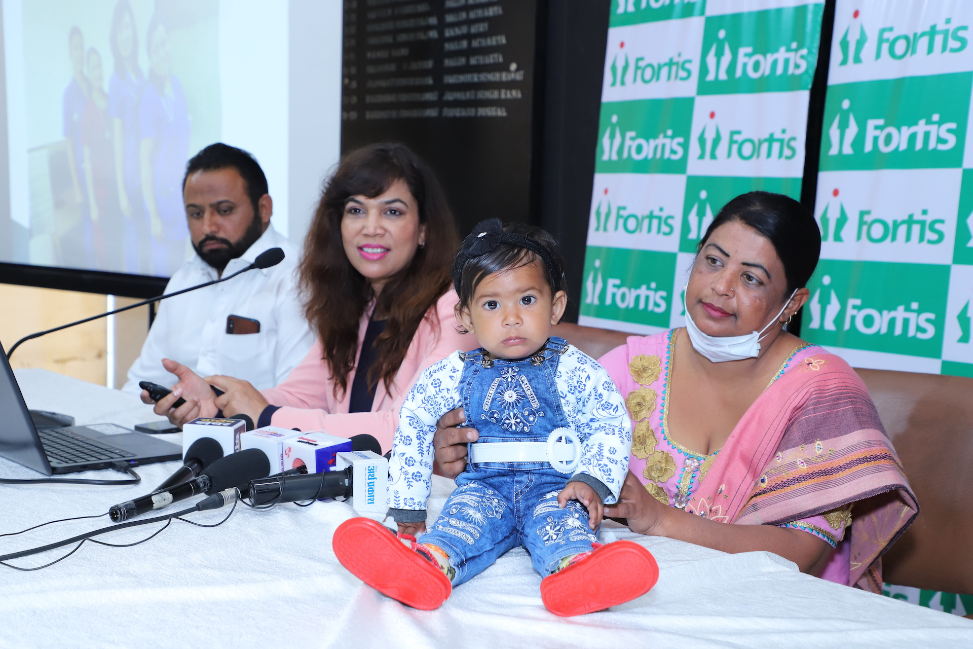 40 years old woman with multiple abortions&a heart vessel stenting delivers a baby girl at Fortis