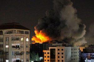 Israel strikes kill senior Hamas commander Palestinians fire rockets
