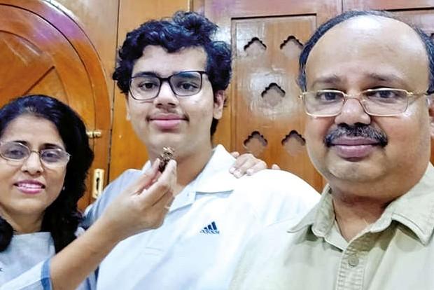 JEE-Main: Punjab's Pulkit Goyal Chandigarh's Guramrit Singh among 18 first-rank holders; 44 score 100 percentile