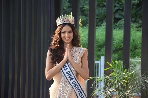 Chandigarh's Harnaaz Sandhu wants to make India proud at Miss Universe 2021