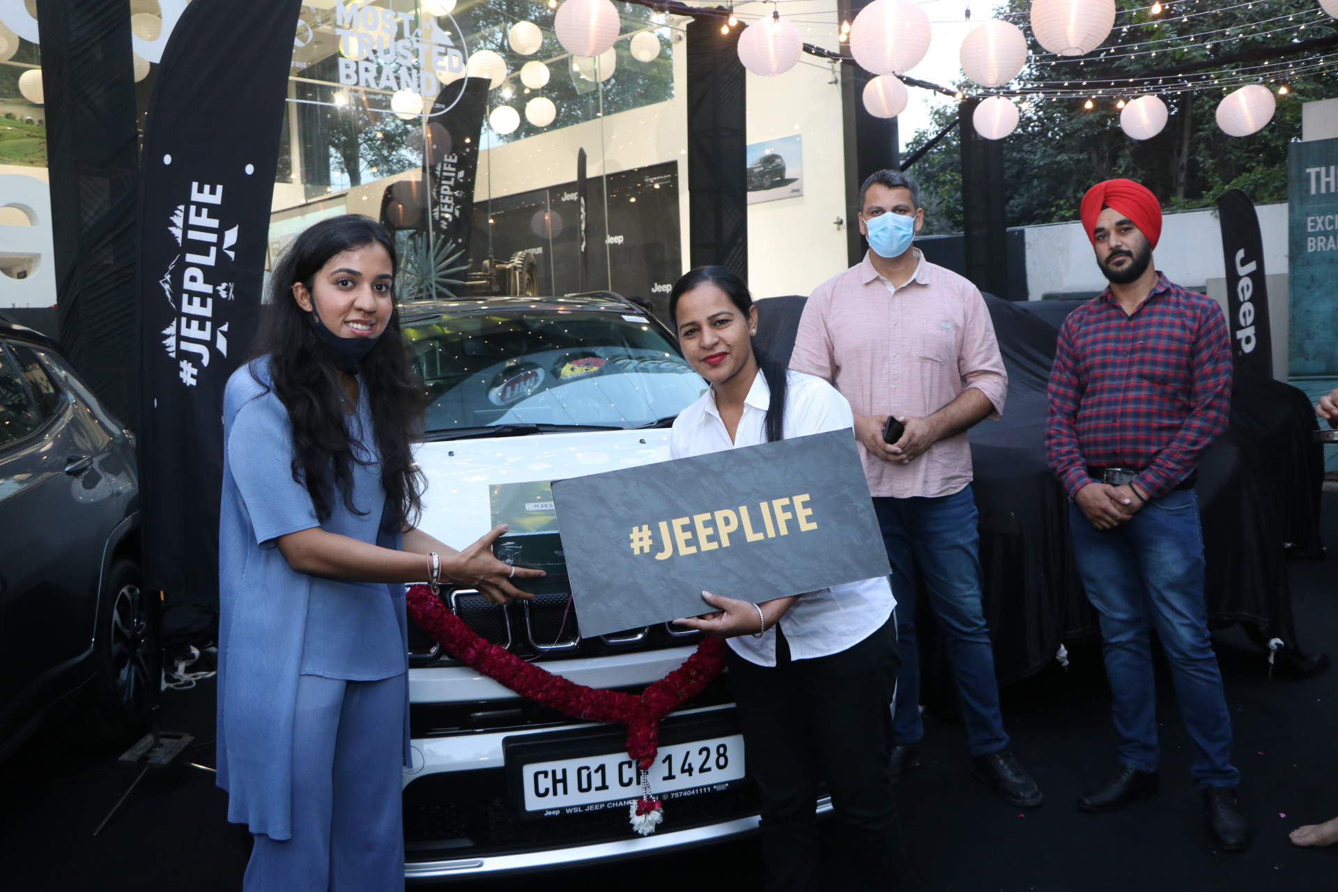 Jeep Chandigarh Starts Navratri Celebrations with 15 Jeep SUV deliveries on a Single Day